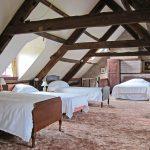 Attic bedroom in Alexanderstone Manor